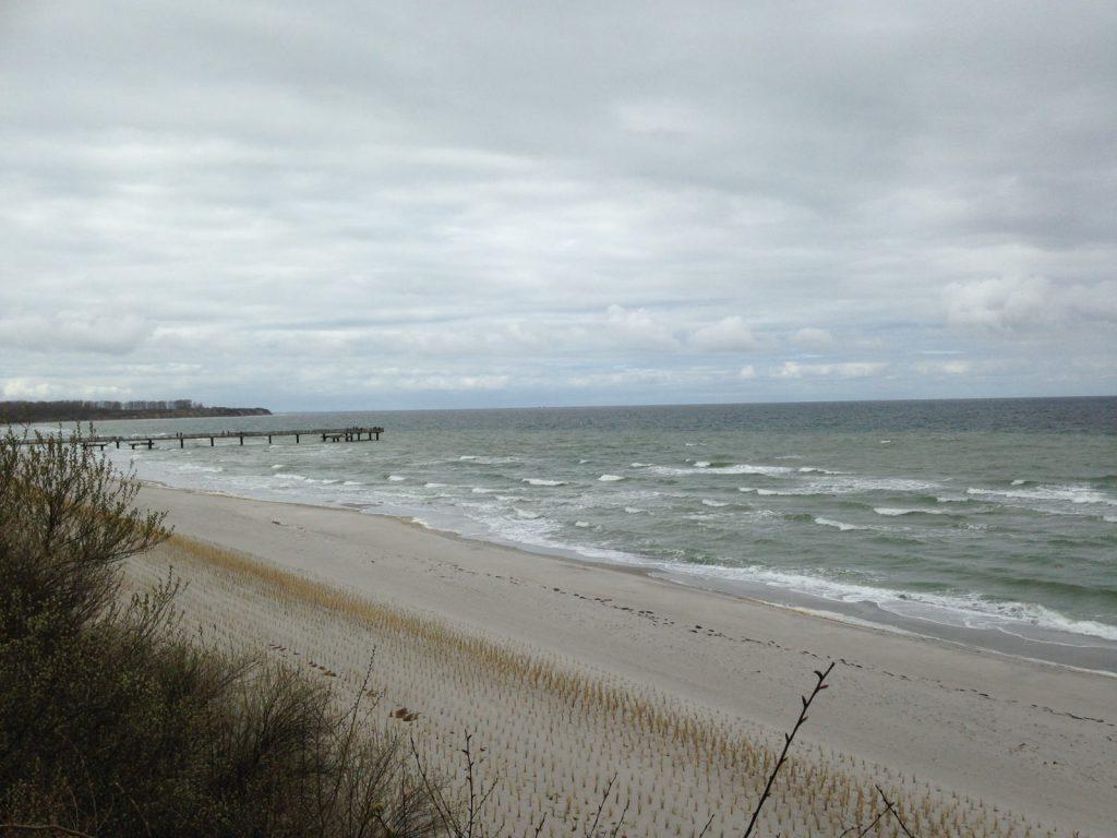 Strand Rerik an Ostern