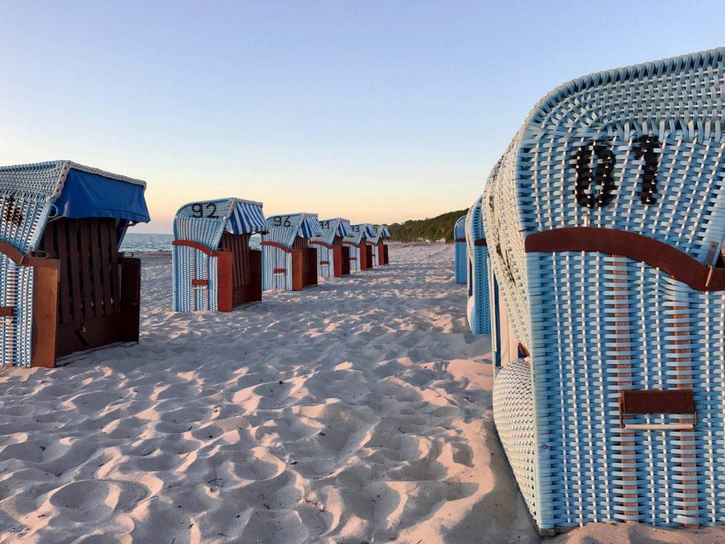 Strandkörbe am Ostseestrand Rerik
